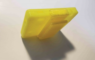 Prototype-ECG-Housings-Yellow-Clip-Topview-v1.2